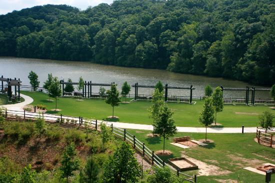 Frugal FunMom Field Trip of the Day for Sunday, July 16: Enjoy the Outdoors at Morgan Falls Park