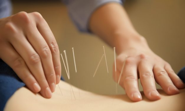 Facebook Friday Freebie!  Win a FREE Acupuncture Evaluation and Treatment!