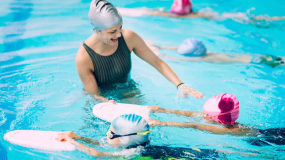 *Facebook Friday Freebie!   Win A Month of Swim Lessons!
