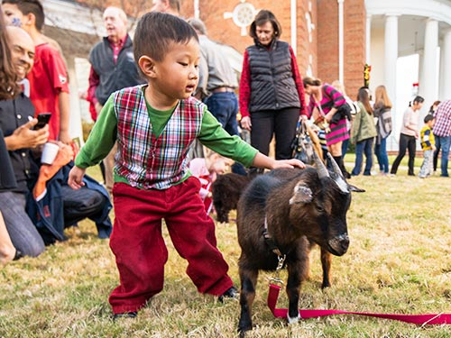 MAKE YOUR WEEK MERRY AND BRIGHT WITH EAST COBB ACTIVITIES! COMMUNITY EVENTS NOV. 30 – DEC. 6