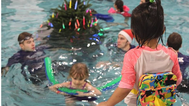 atlanta-swim-academys-to-hold-their-annual-underwater-tree-lighting-dec-2.png