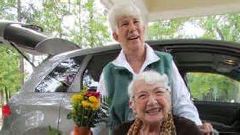 door-to-door-rides-offered-to-seniors.jpg