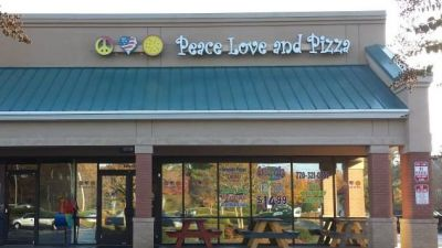 facebook-friday-freebie-enter-to-win-50-gift-certificate-to-peace-love-and-pizza-east-cobb-e1473380985294.jpg