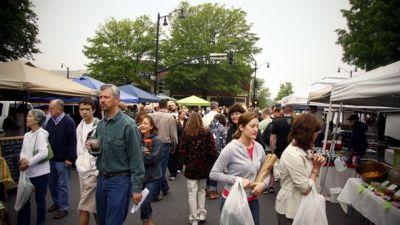 local-farmers-markets-offer-fresh-foods-4.jpg